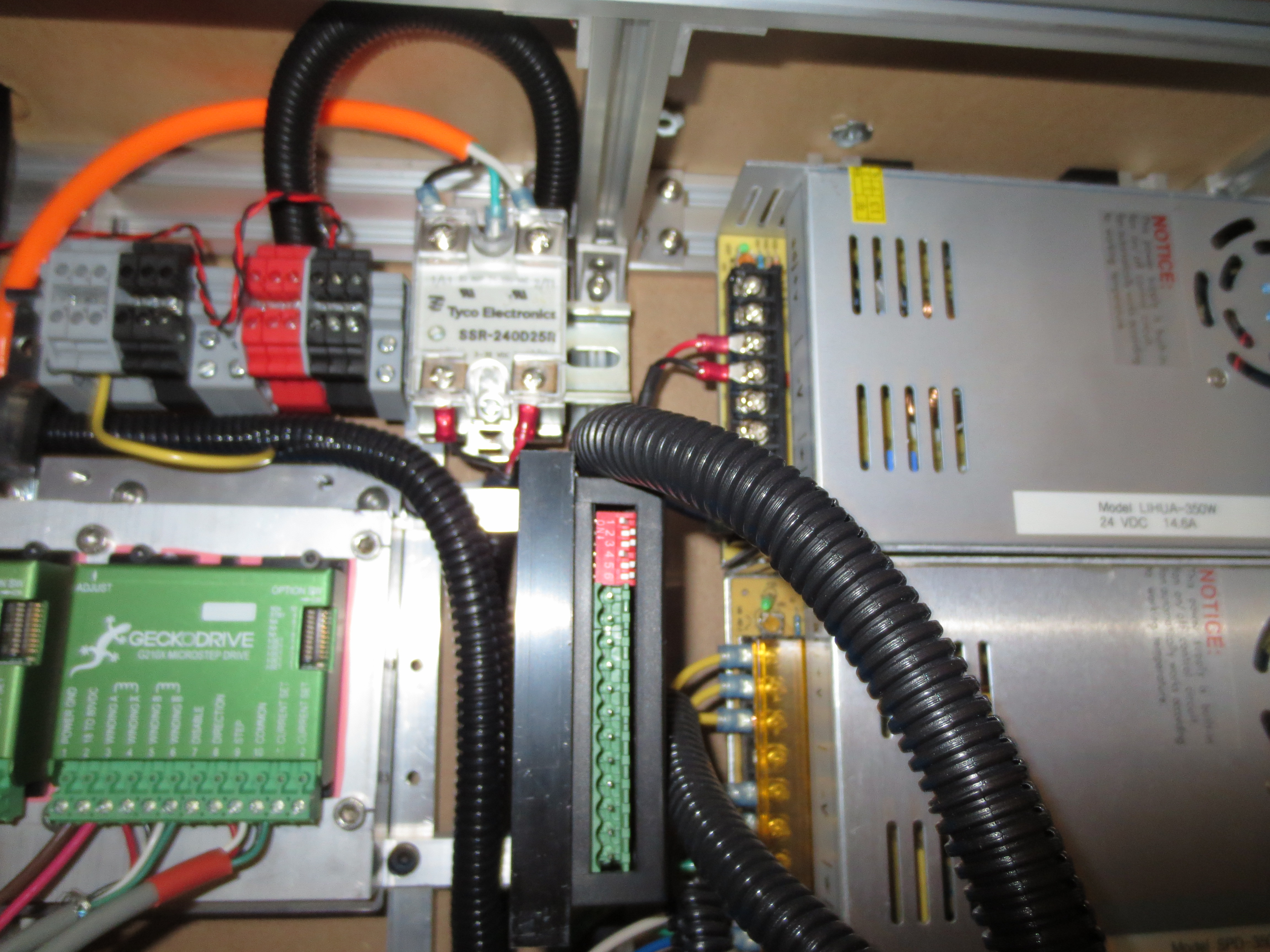 Co2 Laser Controllers Electronics Similar Results 40w Power Supply Circuits To An Outlet On The Side Of Cutter So Any Commercial Pump Can Be Used Up 5 Amps Limited By Push Button Circuit Breakers